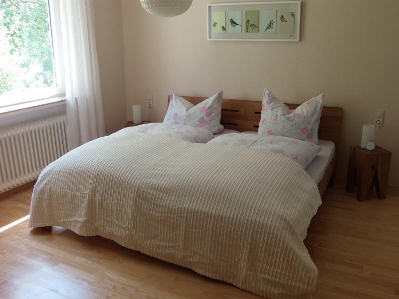 Hauptschlafzimmer mit Morgensonne